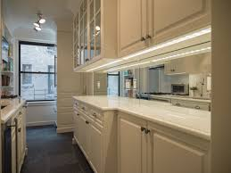 Custom Mirrors – Accurate Glass and Mirror